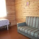 деревянный неблаг.домик